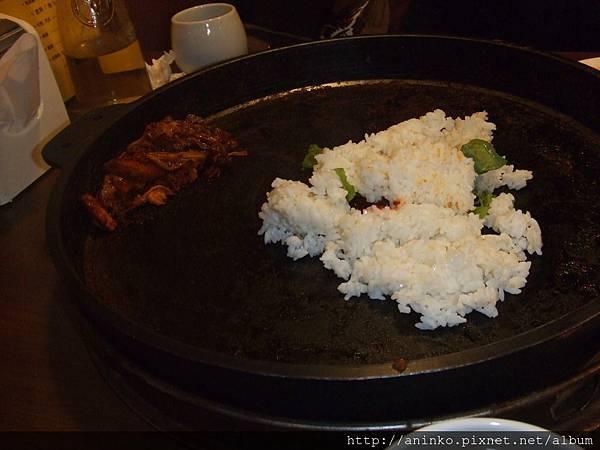 鐵板炒飯,台北市新生北路一段146號春川達卡比