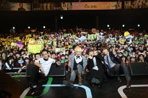 《美男》將結局最後演唱會齊集2500粉絲助陣2.jpg
