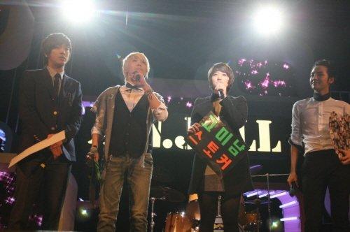 《美男》將結局最後演唱會齊集2500粉絲助陣3.jpg