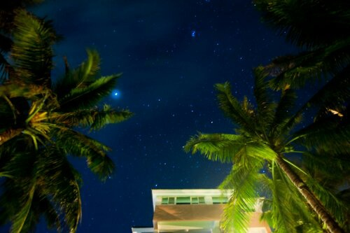 滿天星空在白石牛沙灘海景民宿