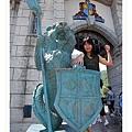 城堡前的守護神