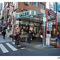 在地面上看著移動的東京,比起地鐵,我更喜歡這種方式