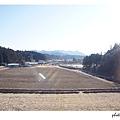 空曠的田野猶有殘雪