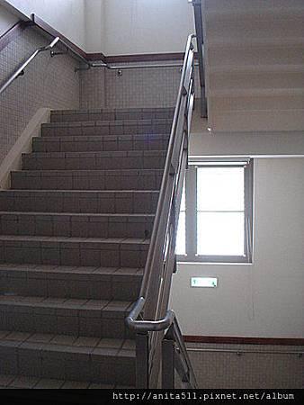 爬樓梯-1
