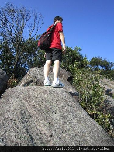 爬山需要腳力.jpg
