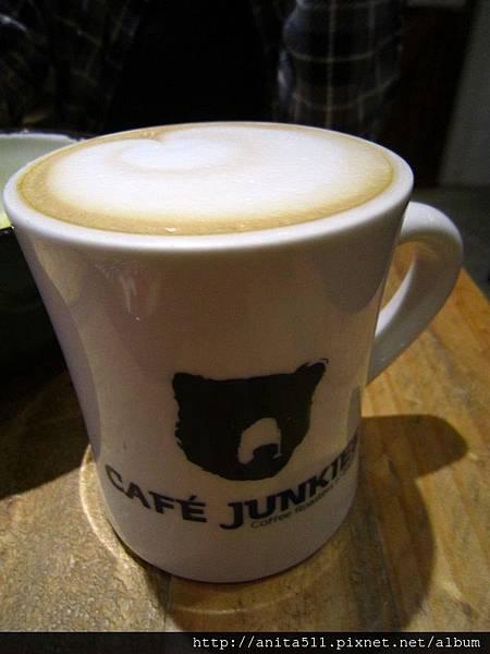 小破爛咖啡 Café Junkies