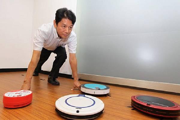 松騰董事長燕成祥先生