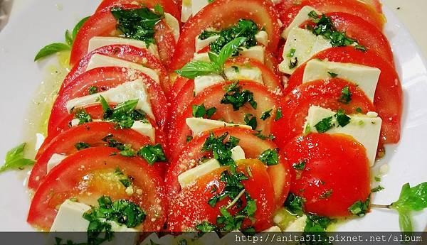 番茄豆腐冷盤