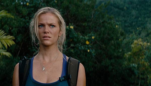 Brooklyn-Decker-Battleship-movie-image
