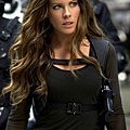 Kate-Beckinsale-in-Total-Recall