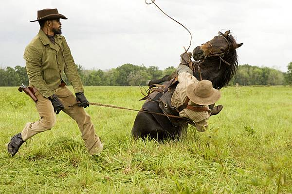 django-unchained-still-action-shot-1