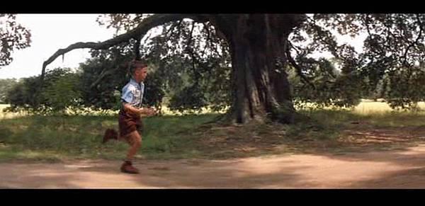 Forrest-Gump-young-running-screenshot.jpg