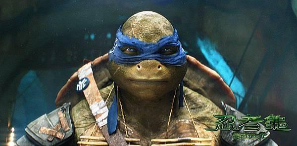李奧納多是烏龜兄弟裡最冷靜沉著的禪師,由於他是老大,因此最願意承擔責任!  在忍術方面,沒有人練功練得比李奧還勤,因此任何威脅到他們兄弟安危的人都會吃足苦頭。.jpg