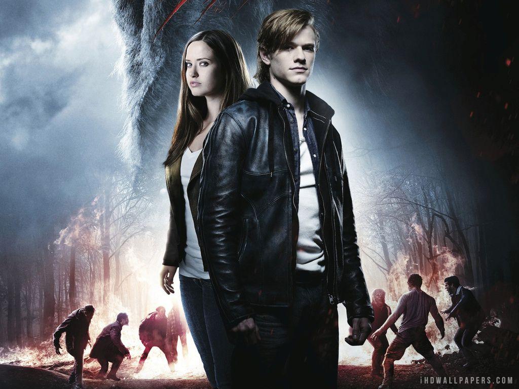 wolves_2014_movie-1600x1200.jpg