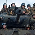 Brad-Pitt-Fury-Tank-.jpg