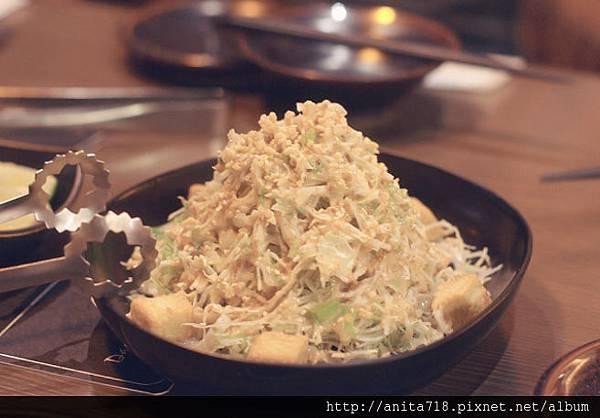 芝麻水菜豆腐沙拉