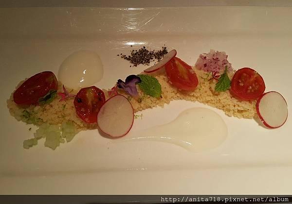 烤北非小米蕃茄