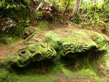 神秘史前石雕