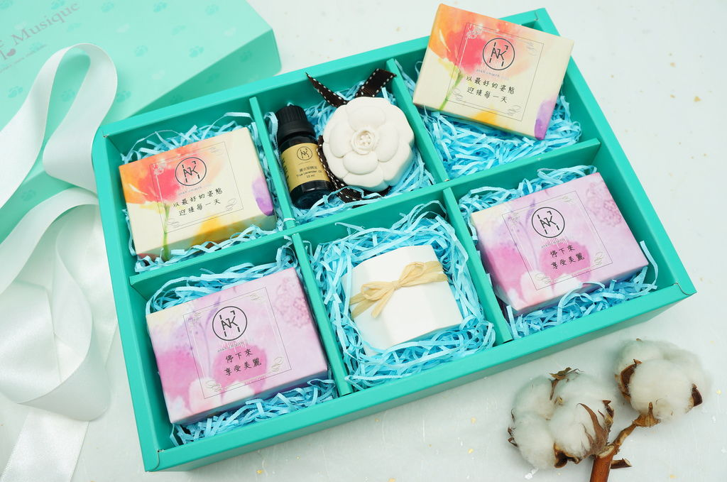 四季花園禮盒 (1).JPG