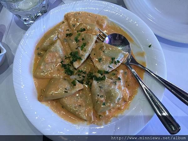 義式波菜乳酪餃