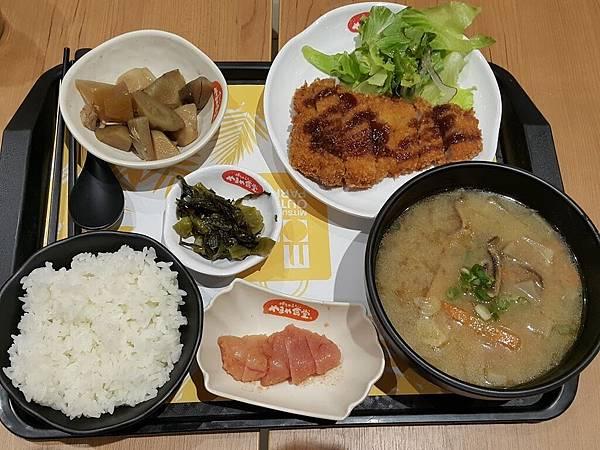 林口三井outlet博多めんたい やまや食堂