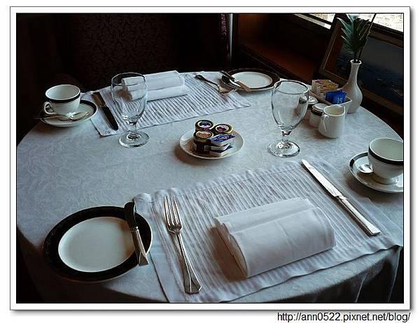 40樓貴賓軒餐具