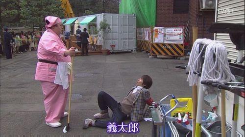 [TVBT]Mikeneko Homuzu no Suiri_EP_01_ChineseSubbed[20-19-05].JPG
