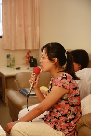 JAMIE歡唱中.JPG