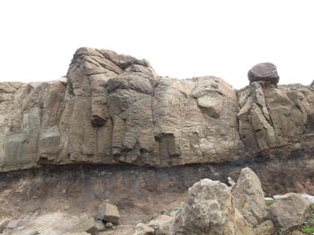 它是玄武岩嗎.JPG