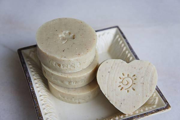 豆漿皂成品也頗可愛的