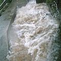 溯溪返程暴漲的溪水16-水溝.jpg