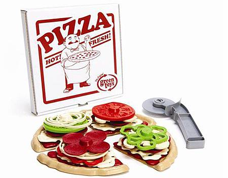 green-toys-pizza-parlor-2
