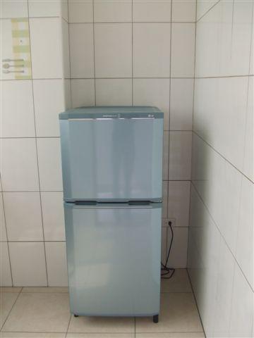 還有冰箱唷!!!