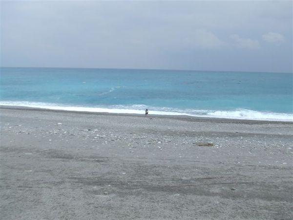 好美的海呀!!!這邊的海水比旗津的乾淨多了