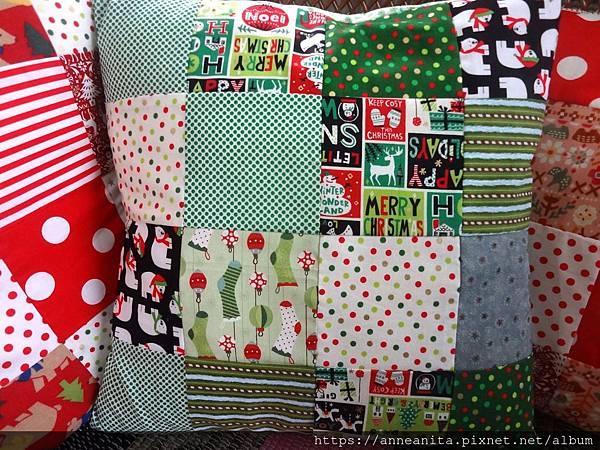 2018紅綠聖誕抱枕套-2.JPG