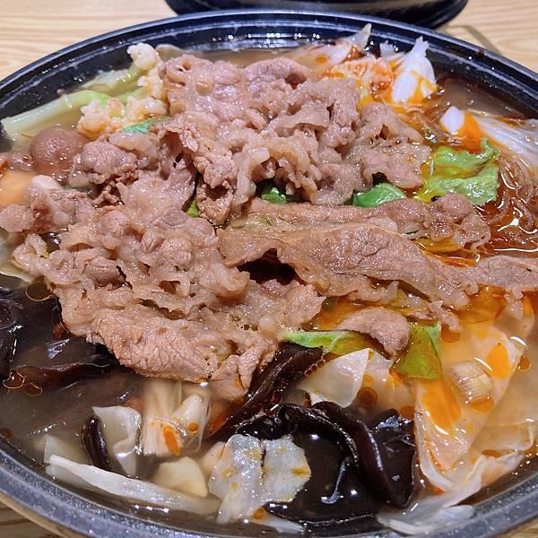 台北 內湖 燒肉火鍋  小石鍋 椒香麻辣鍋 沙茶鍋06.JPG