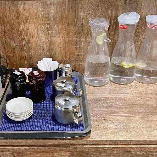 台北 中山區 港式 港飲港食茶餐廳 店內02.JPG