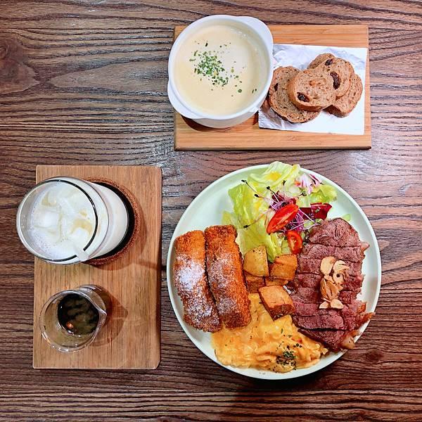 台北 中山站 早午餐 咖啡廳 夢鹿咖啡 嫩肩牛排法式吐司01.JPG