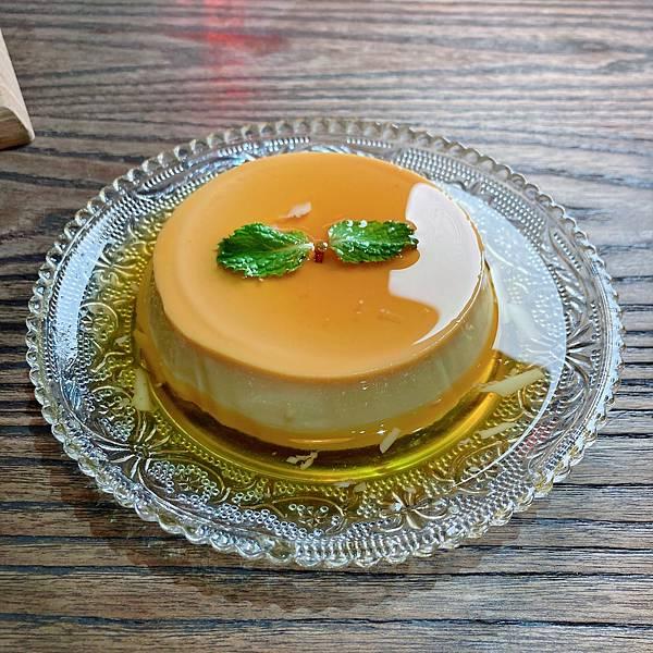 台北 中山站 早午餐 咖啡廳 夢鹿咖啡 挪威煙燻鮭魚歐姆蛋 套餐 焦糖布蕾.JPG