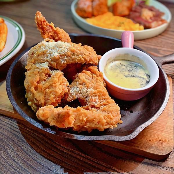 台北 中山站 早午餐 咖啡廳 夢鹿咖啡 大理石乳酪炸雞翅01.JPG