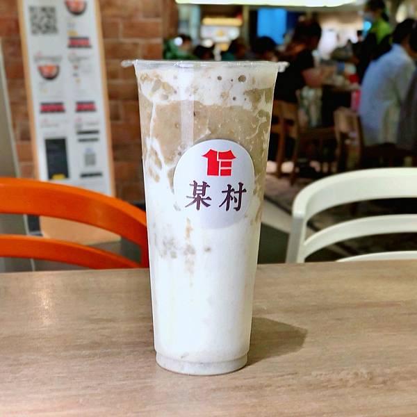 某村 台北京站 限定快閃 綠豆牛奶 初鹿 霜淇淋08.JPG