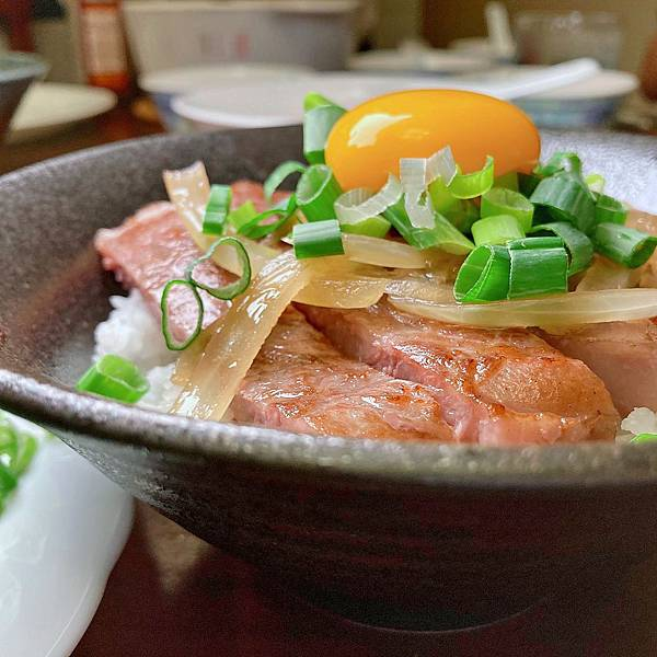 台北 中山區 大直 日和A5和牛專賣 月見牛丼 燒肉 牛排 料理 食譜30.JPG