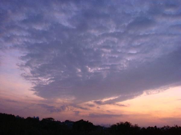 11 像水彩畫的天空.JPG
