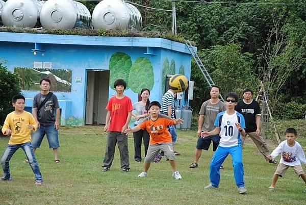 Resize of 2011露營社大會師 078