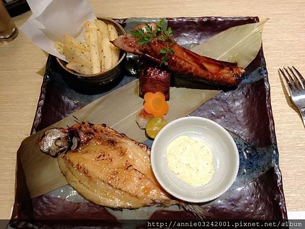 藍屋日本料理-豬肋排+一夜干