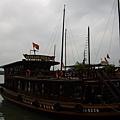 下龍灣觀景船