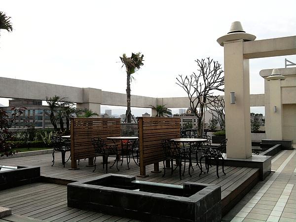 首都飯店頂樓咖啡.jpg