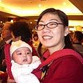 姐姐和二個月大的北鼻