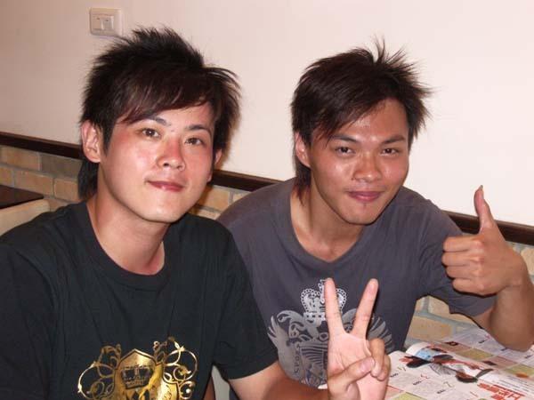 20070602吃義大利麵 (2).jpg