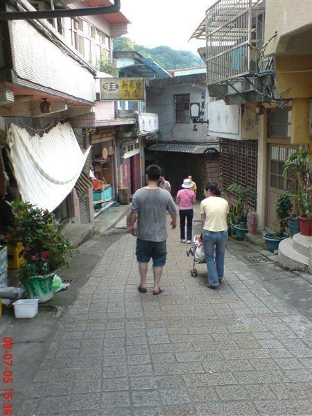 平溪老街 (3)背影